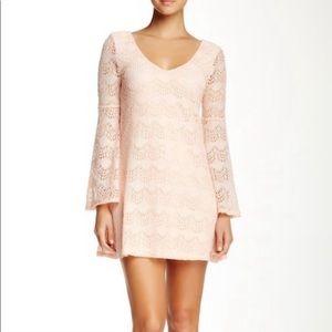 Socialite Lace Dress Sz. M